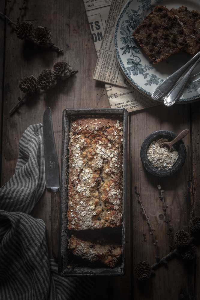 Banana bread aux flocons d'avoine et au chocolat